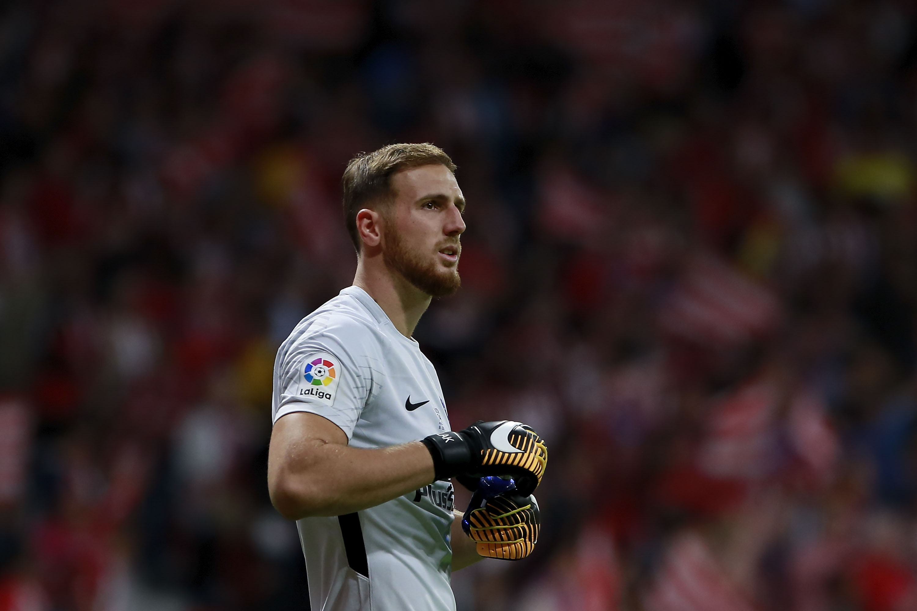 Jan Oblak be es Liverpool transfer priority after Spurs debacle